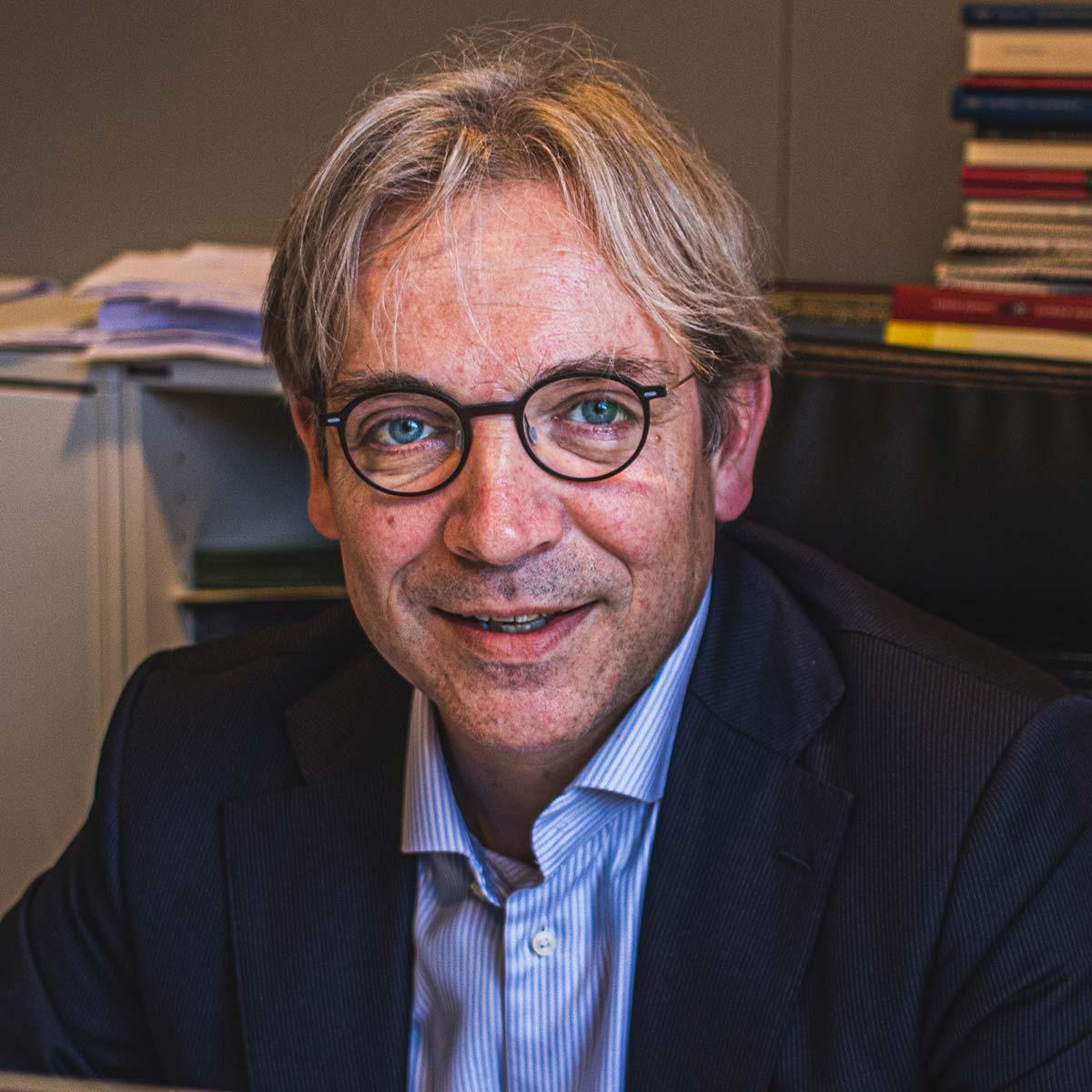 mr. Reinhard Arnoldus